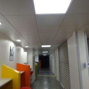 nouvel éclairage LED clinique
