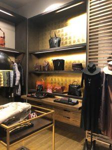 image aménagement boutique habillement Lyon par BLOOM INSIDE