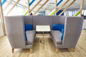 Aménagement espaces de travail à Lyon - espaces réunion acoustique - Bloom Inside Lyon