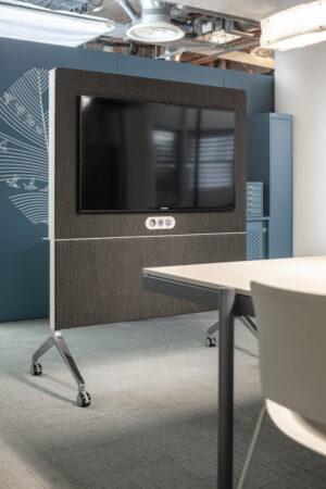 Aménagement espaces de travail à Lyon - espaces réunion brainstorming ou formation - Bloom Inside Lyon