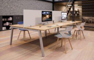 Aménagement espaces de travail avec des cloisons plexiglas pour répondre aux règles de distanciation dans des bureaux en open-space ou collaboratifs - Bloom Inside Lyon